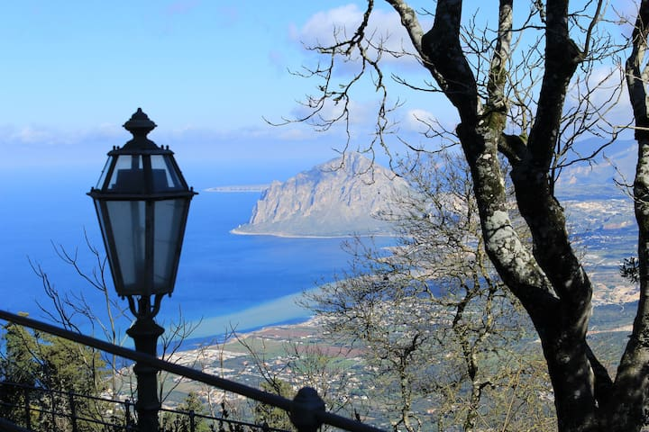 Casa Manca – Room in beautiful Erice - Erice