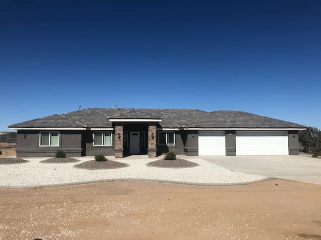 Brand new home in Oak Hills