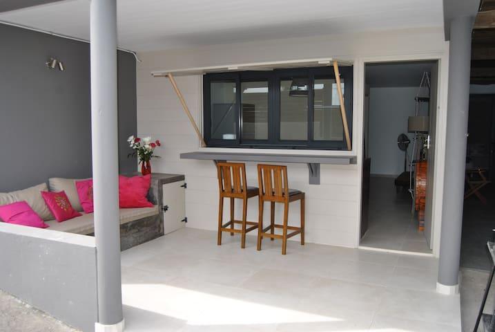 Joli appartement de 40m2  proche de plage et lagon