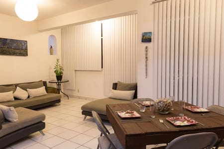 PRIVATE BEDROOM CLOSE TO THE BEACH & DOWNTOWN - Mariano Matamoros - Apartemen