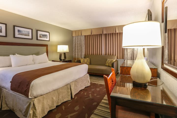 Swanky Double With Air Conditioning At National Park