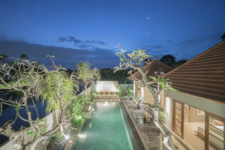 Tropical Luxury and Tranquility Private 3BR Villa