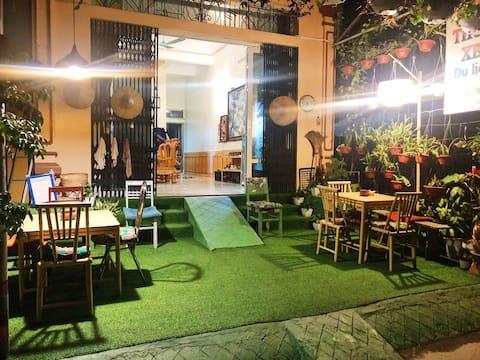 CaoBang EcoHomestay - Doppelzimmer mit Kingsize-Bett