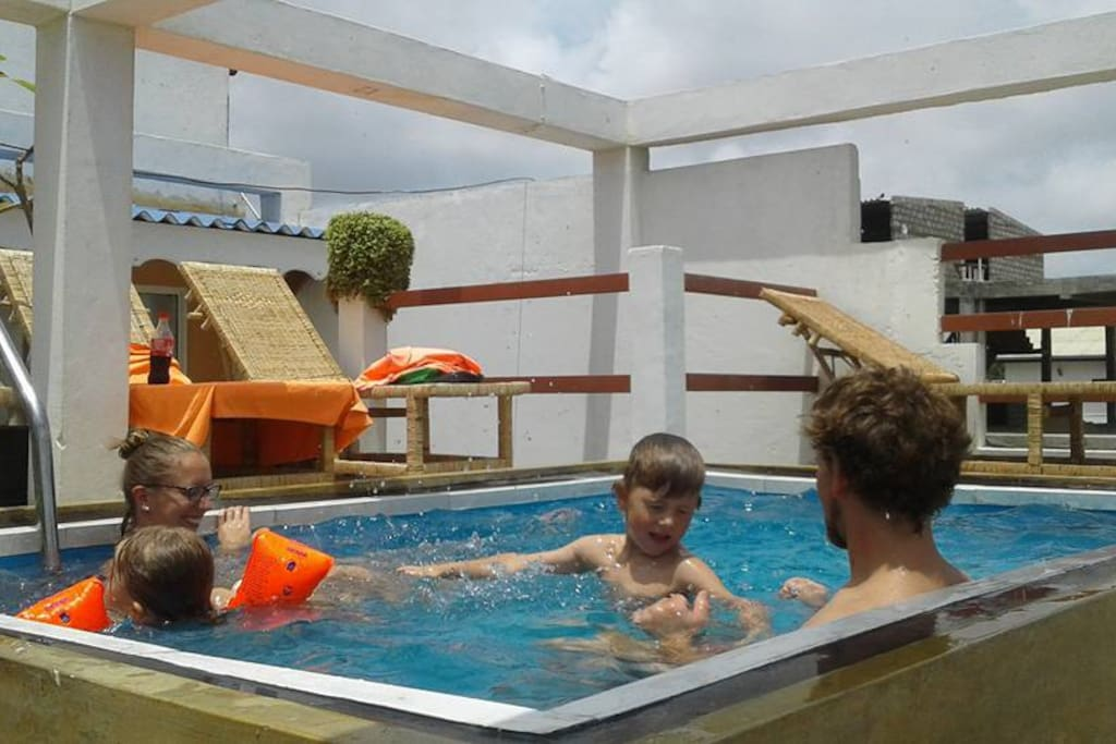 now has new roof top swimming pool