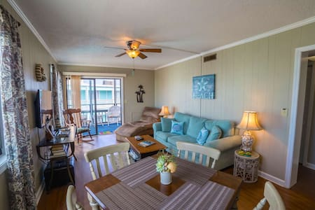 Right on the Beach, 2br/2ba Family Friendly Rates, Elevator! - Garden City - Wohnung