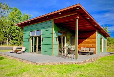 Mahali Petu - A Big Little House