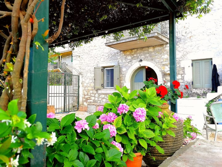Stone house in Kavallos Lefkada