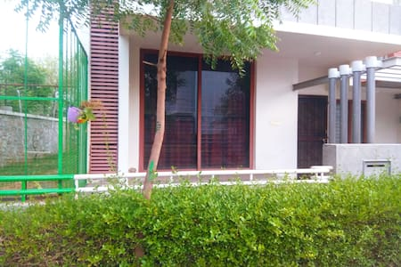 Independentvilla only for families  gate Community
