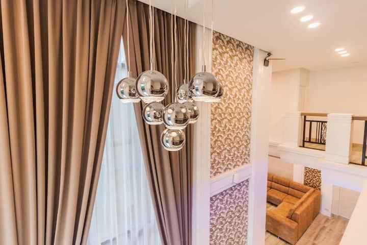 Top 4 bedroom pool villa