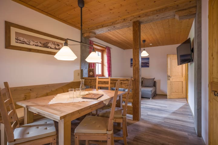 Catered Chalet for 14 - Brixen im Thale - Ortak mülk