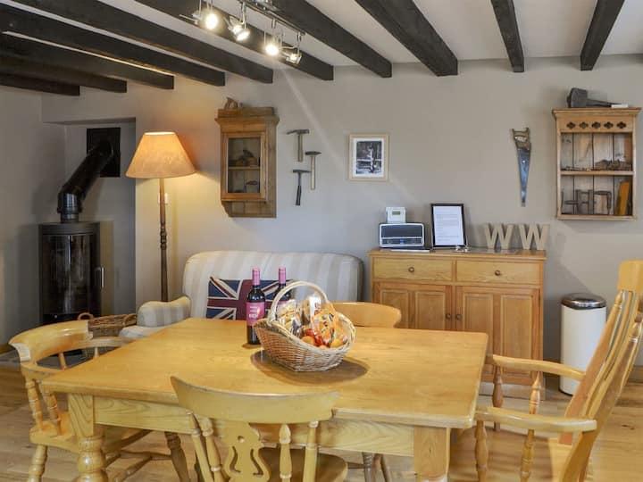 The Old Woodworker's Cottage - UK3281 (UK3281)