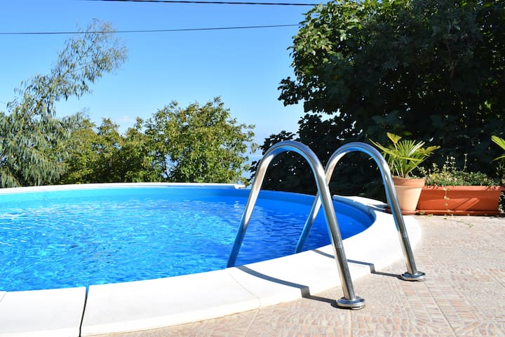 Holiday House with pool Gioia, Sveta Jelena - Mošćenička Draga - 一軒家
