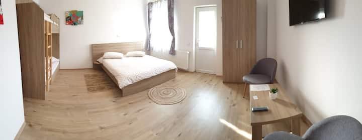 Anvil Residence-Studio 2