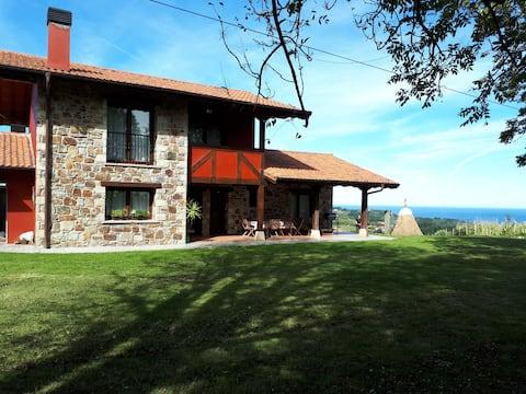 Sea and Mountain, villa in Lekeitio
