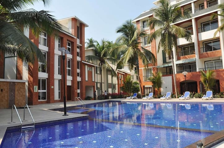1 BR Apartment with pool  near calangute.