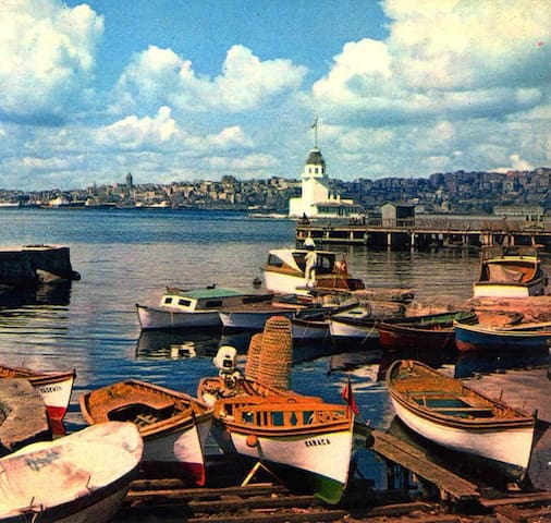 Vivid Istanbul in the blue Bosphorus, lovely flat