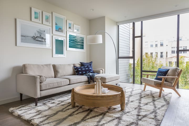 Sonder | Lombard Apartments | Sunny 1BR + Rooftop