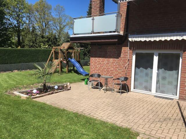 Ferienwohnung im Extertal mit Terrasse und Garten