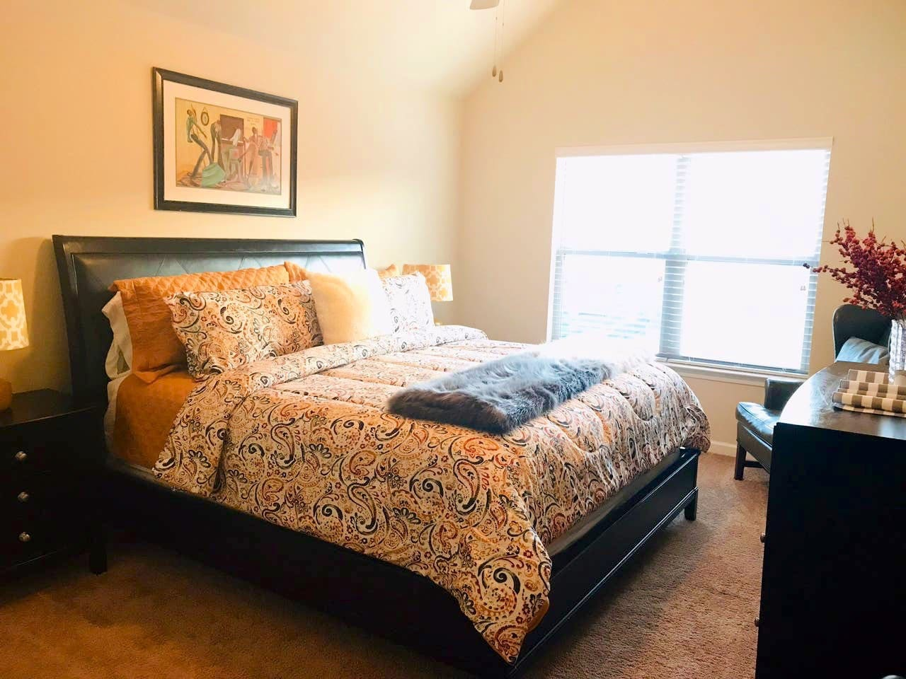 A comfy king-sized bed, 2 night stands, 6-drawer dresser, and closet awaits you!