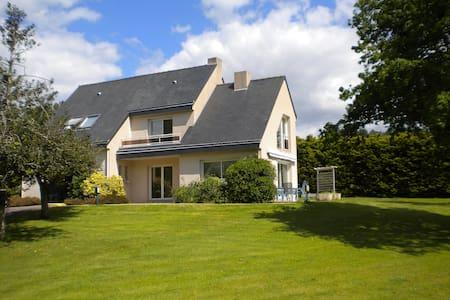 Villa à 150m de la mer - Pénestin - House
