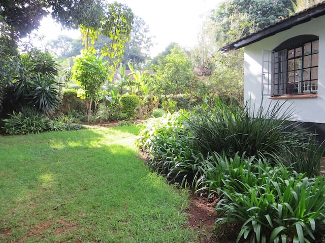 The Garden Guest House - Fully Serviced