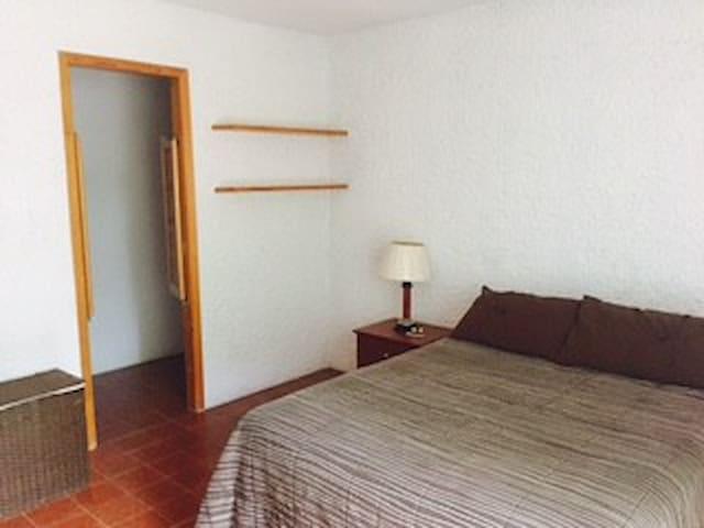 Habitación comfortable en residencial campestre. - San Luis Potosi - Dom