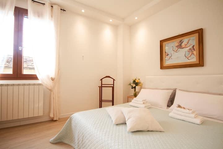 Floren Apartments