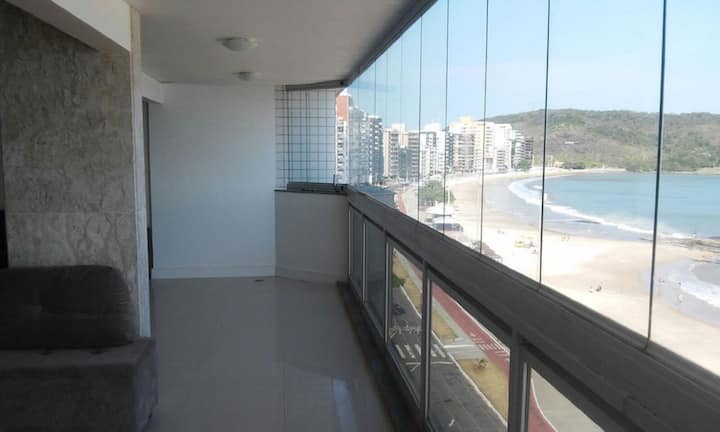 Penthouse apartment facing the sea in Morro Beach