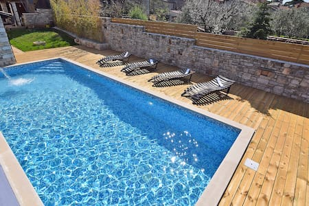Villa San Rocco**** with pool and jacuzzi for 7-9 - Vodnjan - Villa