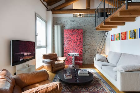 LOFT7 charming openspace + parking - Como - Loft