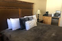 Mtn Suite jetted tub, heated pool, hot tub & more