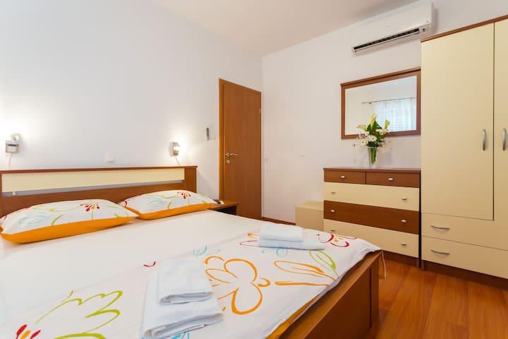 Apartment with Sea view - Slavica 5 - Pomena - Apartment