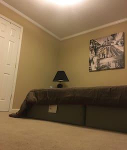 Private Comfortable Room, Gastonia - Gastonia - House