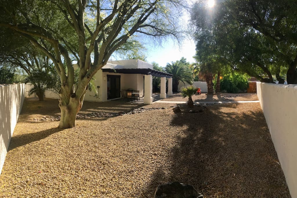 Another view of the private yard.  This enclosed space is ideal for your travelling pets. We cannot stress enough how independent this guest house is on the property.  The guest house does not share any common space with the main house.