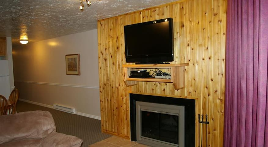 2 bed Bear Lake Condo - Beaver Mountain Resort!