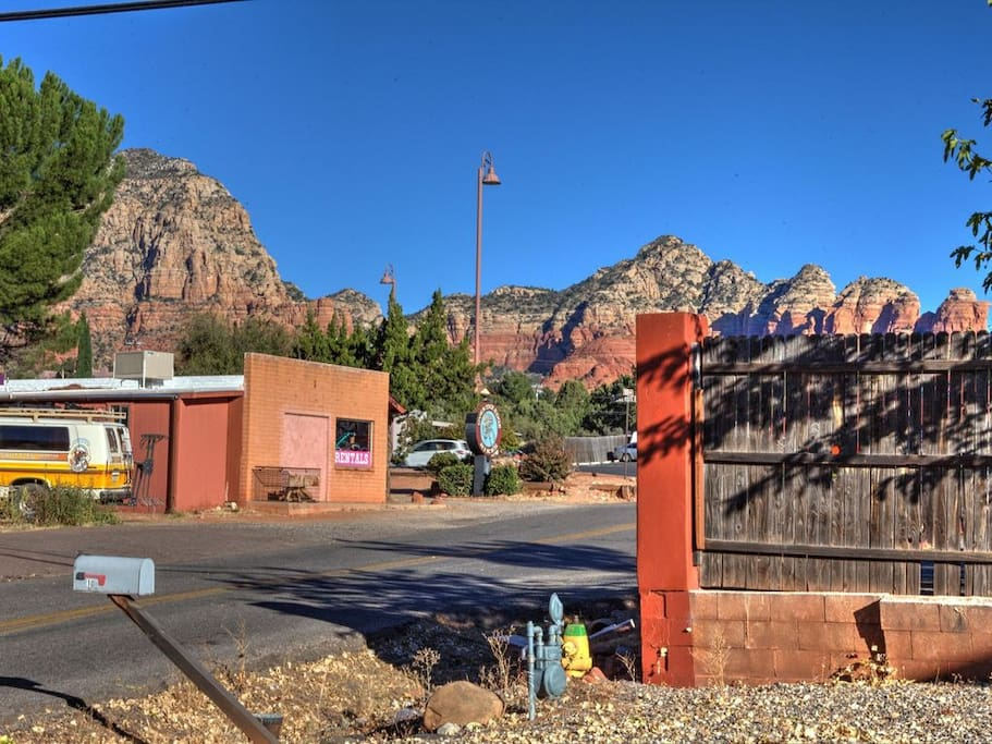 Stunning views of the famous Thunder mountain from the front yard.