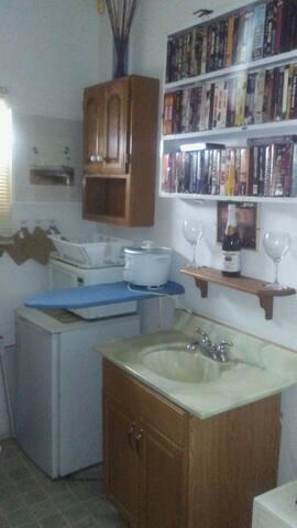 Room rental in harvey