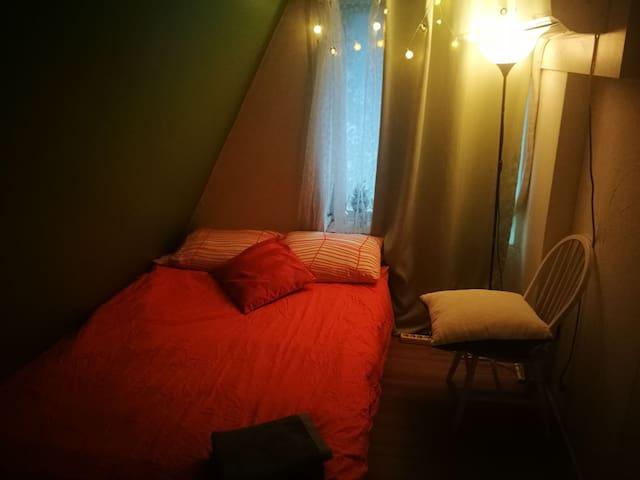청담동 개인실@ 퀸베드/ Private room with Queen bed