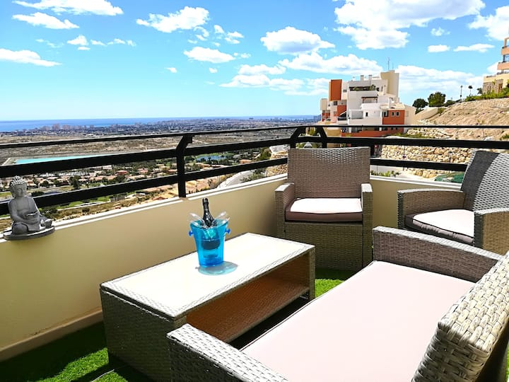 Lovely Oasis Zen - Alicante, Sea views & Golf