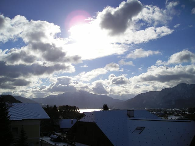 Appartment with lake and mountain panorama view - Mondsee - Apartemen