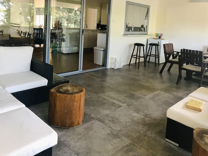 Private Room Close to CBD and Cairns hospitals