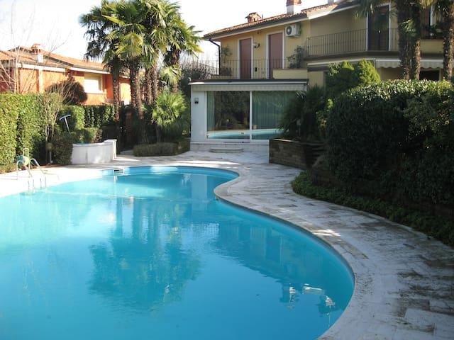 Villa con piscina - Desenzano del Garda - Villa