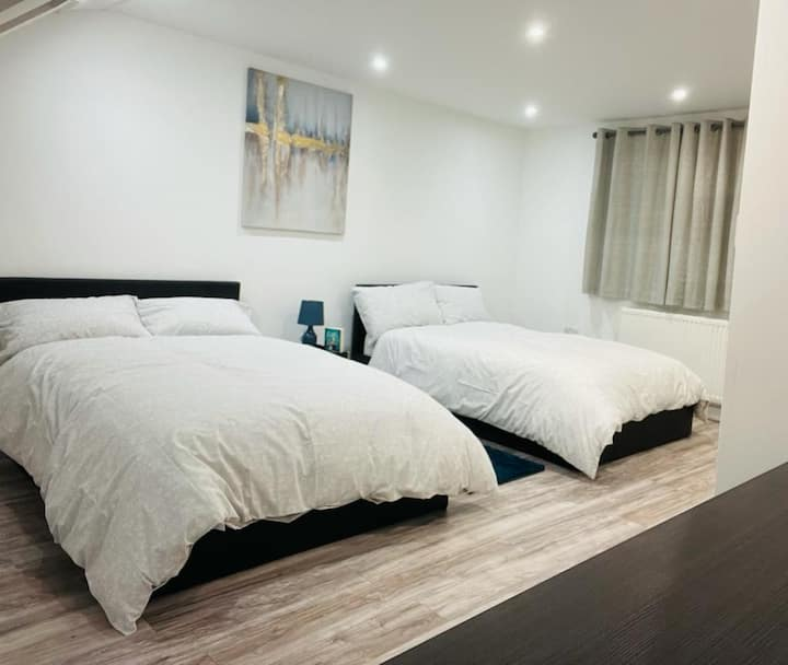 Luxury studio for a couple/two in London