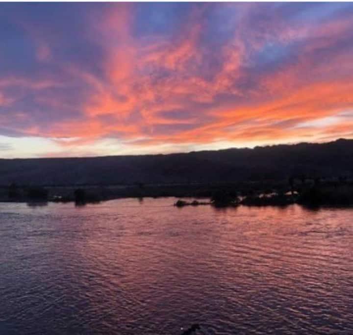 Condo right on the Colorado river!!!!