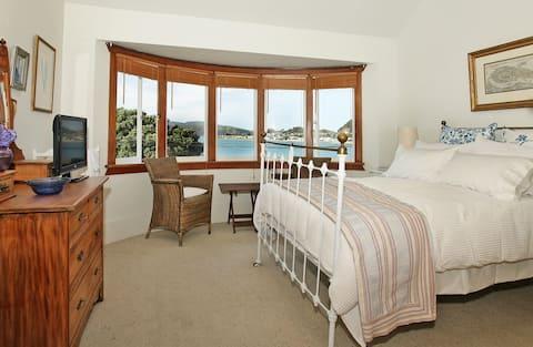 Beachfront Bed & Breakfast-  Double Room