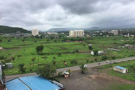 3BHK Appartment with amazing mountain views - Talegaon Dabhade - Byt