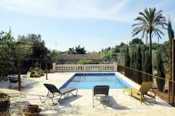 Country house with extra apartment and pool - Sant Llorenç des Cardassar