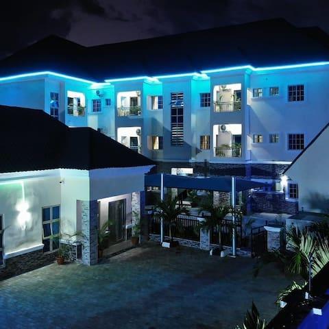 Royal Top Suites & Serviced Apartments