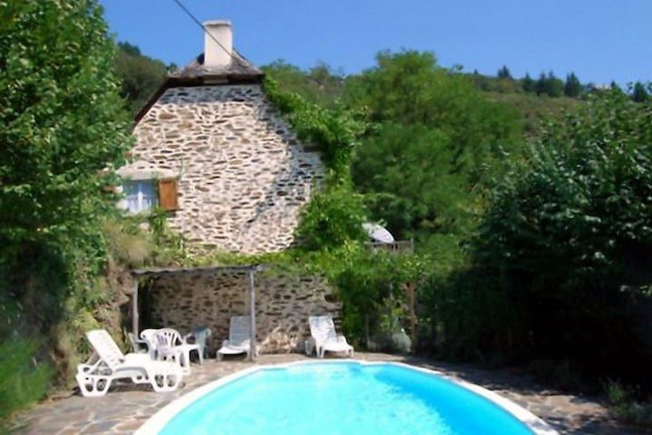 Lovely renovated stone cottage & private pool - Le Fel - Hus