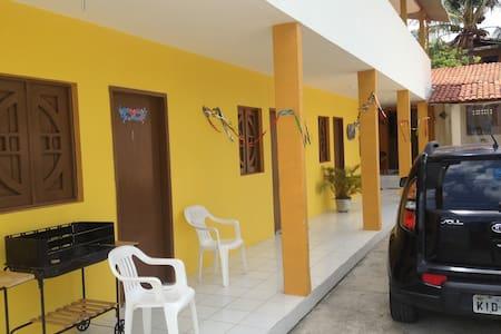 Hostel Amarelinha